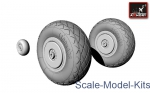 AR-AW48002 Tupolev Tu-2 wheels, late type tires
